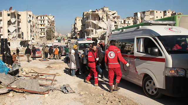 Civilians evacuated from Aleppo (Photo: EPA)