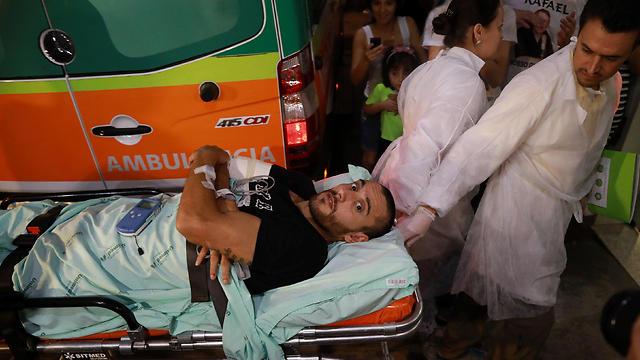 הניצול אלן רושל חוזר לברזיל (צילום: רויטרס) (צילום: רויטרס)