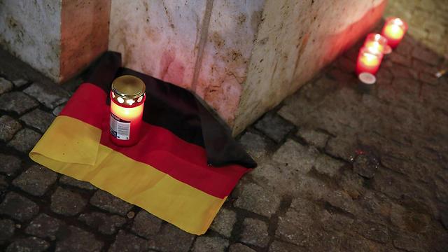 טרגדיה בבירת גרמניה (צילום: רויטרס) (צילום: רויטרס)