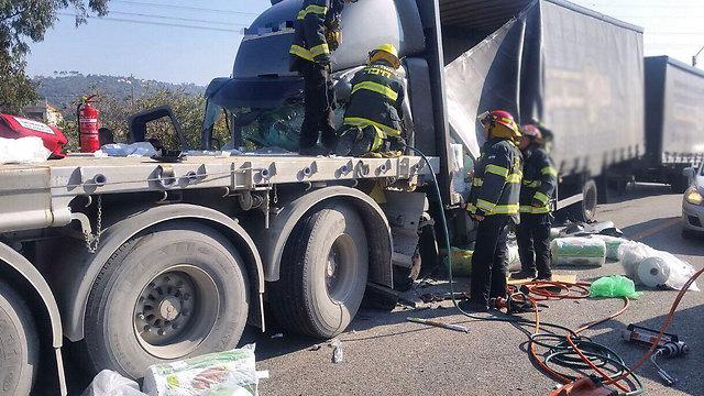 משאיות - ל-70% יש מערכות בטיחות (צילום: דוברות כבאות והצלה מחוז חוף)