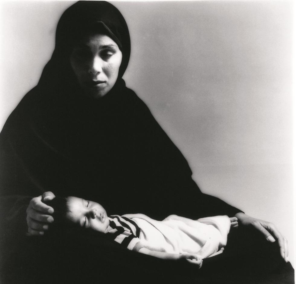 עיישה אל-קורד, צילומו של מיכה קירשנר מ-1988 (מתוך אוסף מוזיאון ישראל)