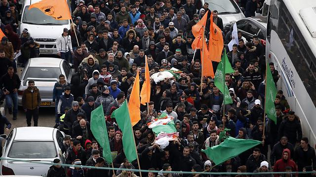 Похороны убитых террористов превращаются в демонстрации ненависти к Израилю. Фото: AFP (Photo: AFP)
