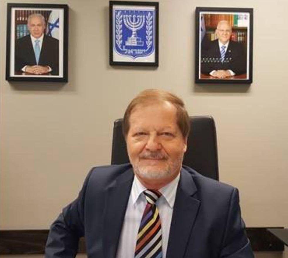 שגריר ישראל בניו זילנד יצחק גרברג. בישראל הופתעו ()