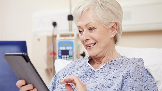הקשישים יכולים ללמוד כל דבר (צילום: shutterstock) (צילום: shutterstock)