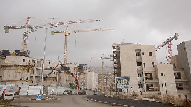 בנייה (תמונת ארכיון) (צילום: EPA) (צילום: EPA)
