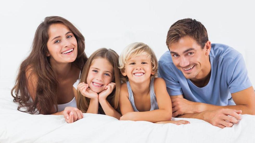 האם נוכל לבלות יותר זמן לבלות עם המשפחה? (צילום: shutterstock)