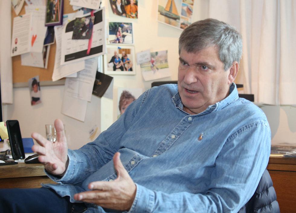 """""""הייתי מגדיל את הלאומית ל-20 קבוצות"""". באומן (צילום: אורן אהרוני) (צילום: אורן אהרוני)"""