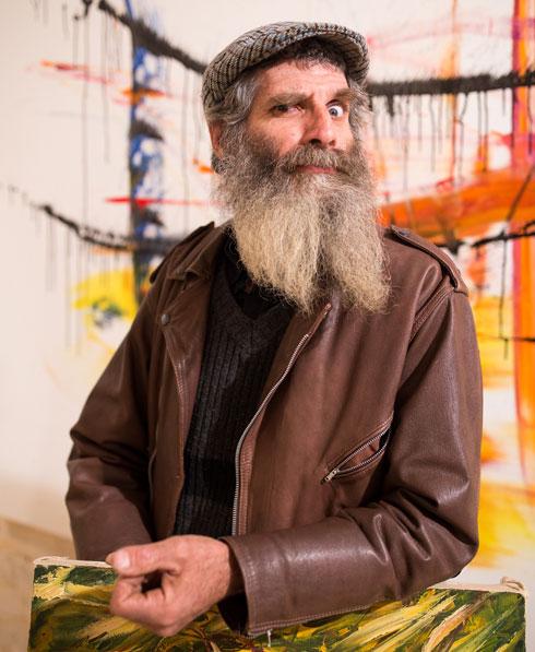 """""""להיות אמן מפורסם זה לא מעניין אותי. את הכסף אני רוצה להשקיע בקהילה"""". הקליקו על התמונה (צילום: אלון פרס)"""