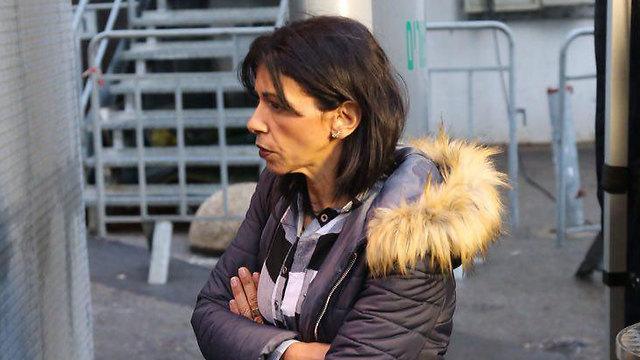 אמו של אזריה (צילום: מוטי קמחי) (צילום: מוטי קמחי)
