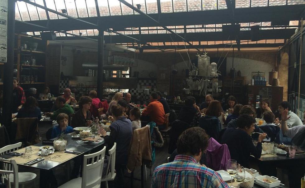 שוק ה-LX Factory האופנתי והיצירתי שפתוח בימי ראשון ()