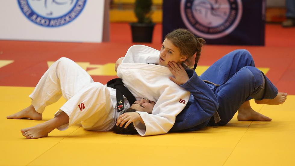 בטינה טמלקובה באליפות ישראל (צילום: אורן אהרוני) (צילום: אורן אהרוני)