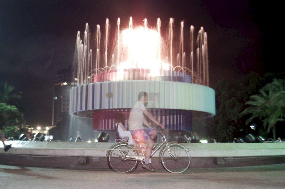 אש, מים ואופניים (צילום: דודו בכר) (צילום: דודו בכר)