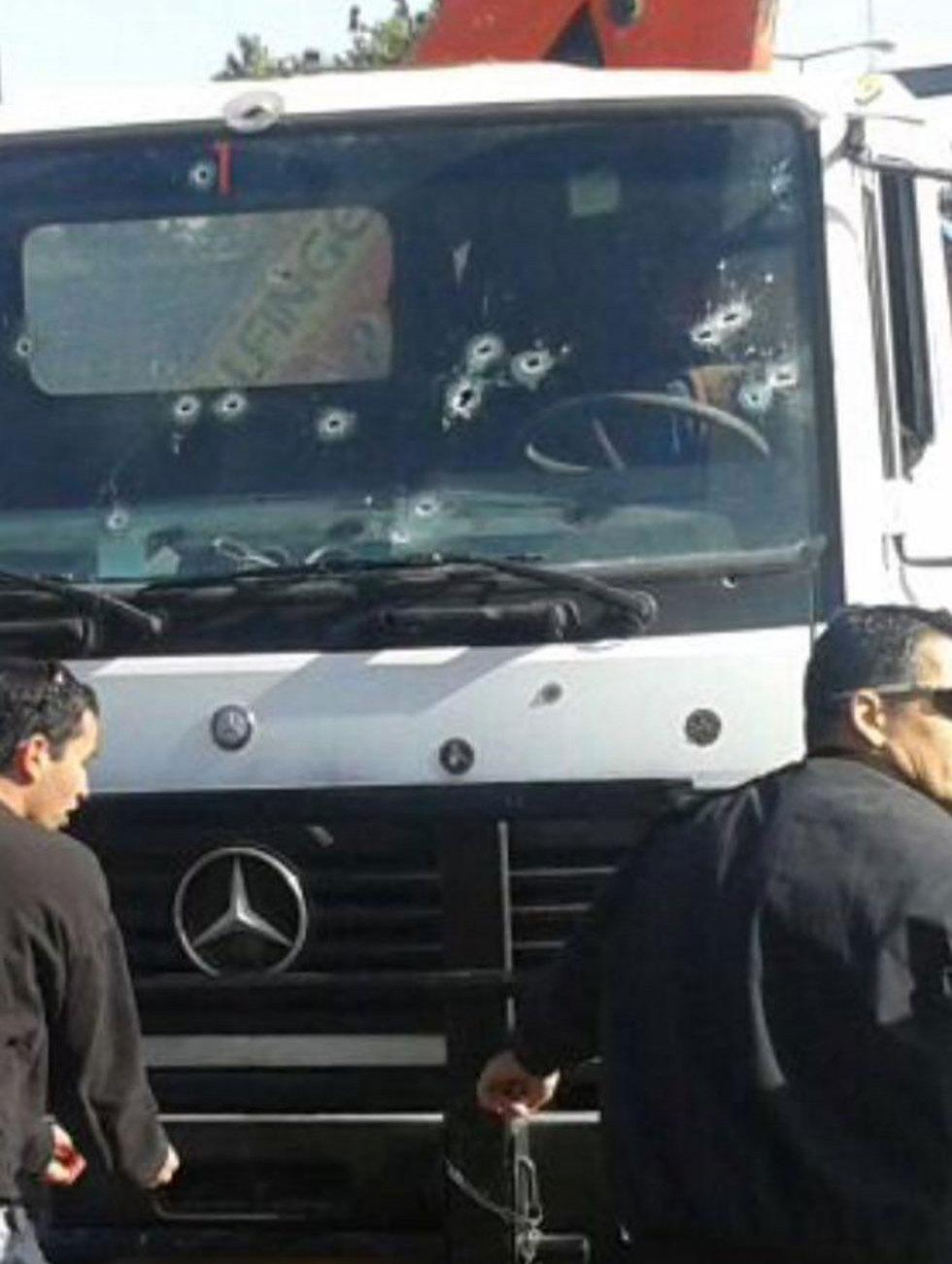 המשאית שבאמצעותה בוצע הפיגוע (צילום: מדברים תקשורת) (צילום: מדברים תקשורת)