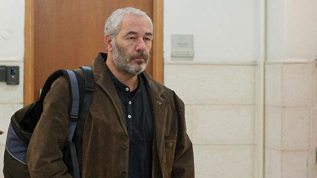 רונאל פישר בבית המשפט. גם הוא מיוצג על-ידי הסנגוריה הציבורית (צילום: יואב דודקביץ)