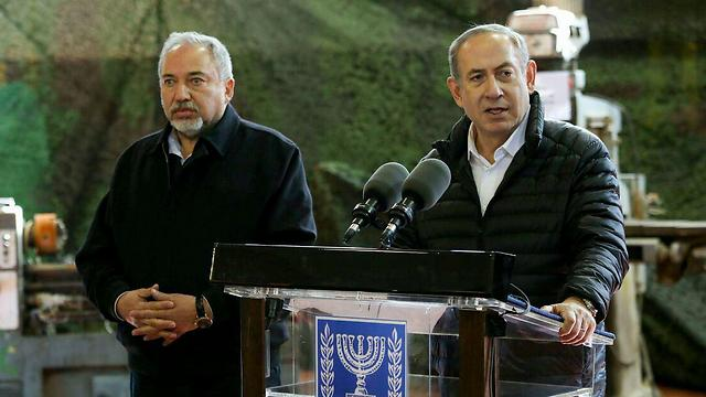 PM Netanyahu and Defense Minister Avigdor Lieberman (Photo: Hillel Meir, TPS)