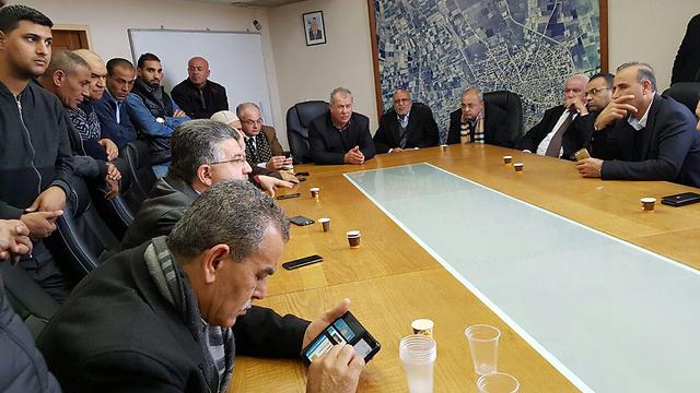 ישיבת ועדת המעקב בקלנסווה ()