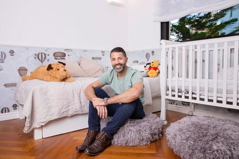 חדרם של שני הילדים גדול במיוחד - ראו בתוכנית למטה (צילום: ענבל מרמרי)