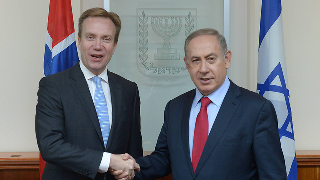 Netanyahu with the Norwegian Foreign Minister (Photo: Amos Ben Gershom)