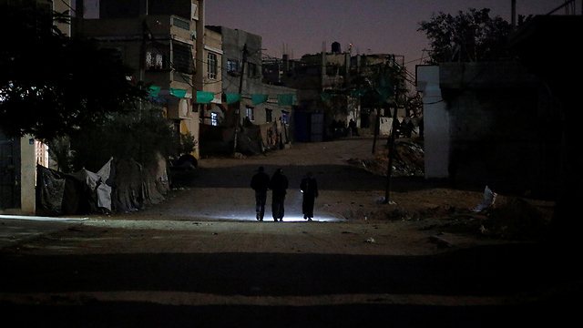 Gaza blackout (Photo: Reuters) (Photo: Reuters)