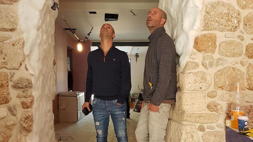 בחלל החדש: הורוביץ (מימין) ושמולוביץ (צילום: יהודה נהר)