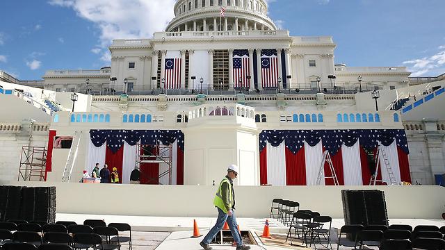 ההכנות לטקס ההשבעה של טראמפ (צילום: AFP)