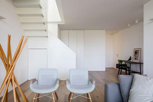 בין הקירות לרצפה ולתקרה מפריד ''פס ניתוק'' (צילום: עמית גרון)