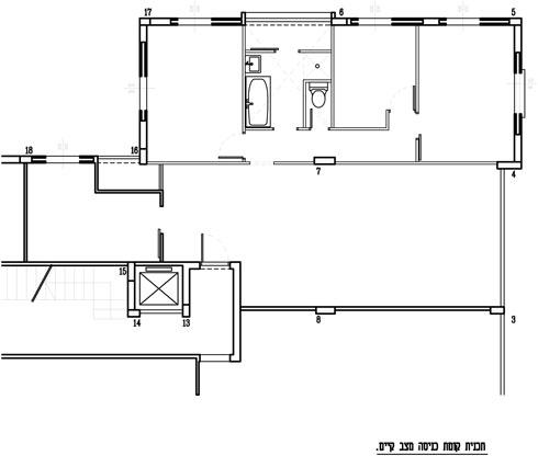 קומת הכניסה של הדירה, לפני השיפוץ (תוכנית: אדריכלות ועיצוב ורד בלטמן כהן)