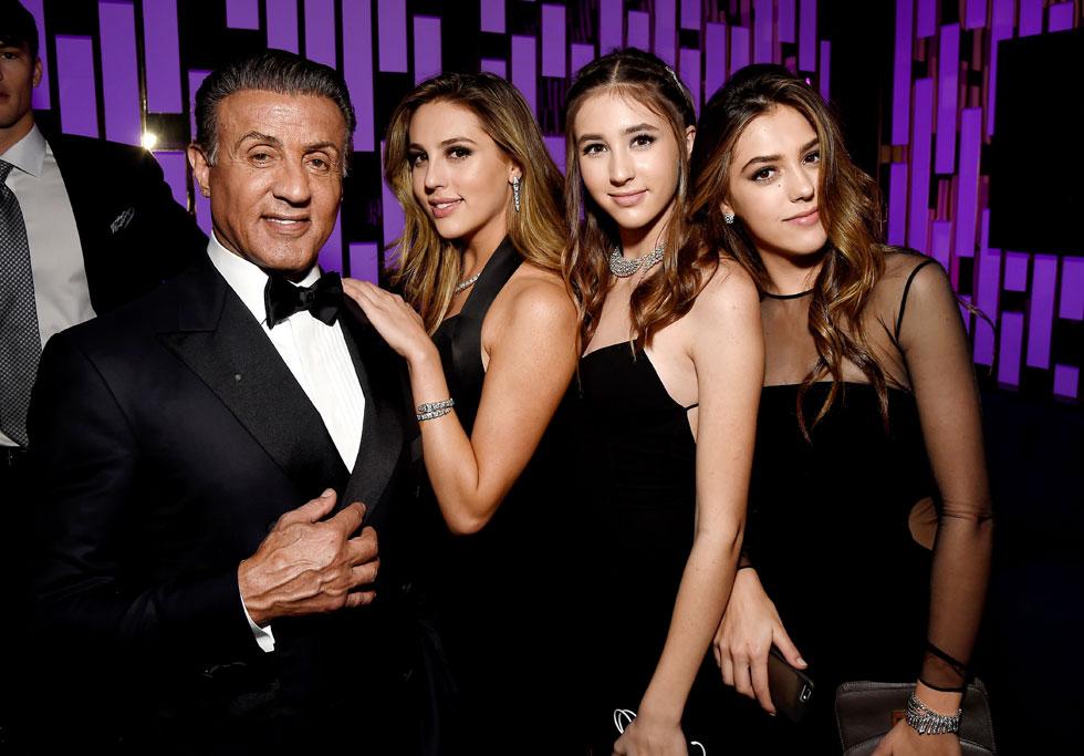 אבא גאה. סילבסטר סטאלון עם בנותיו סיסטין, סופיה וסקרלט (צילום: Gettyimages)