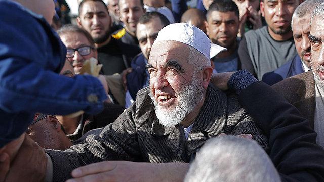 """שייח ראאד סלאח. """"זה קריטי לעצור אותו"""" (צילום: AFP) (צילום: AFP)"""