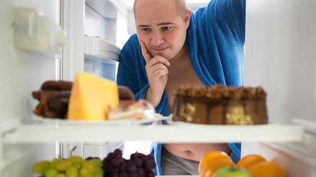 מתחשק לנו משהו. לא באמת בגלל רעב (צילום: shutterstock) (צילום: shutterstock)