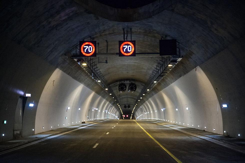 Тоннель Харэль на шоссе № 1. Фото: Даниэль Эльор