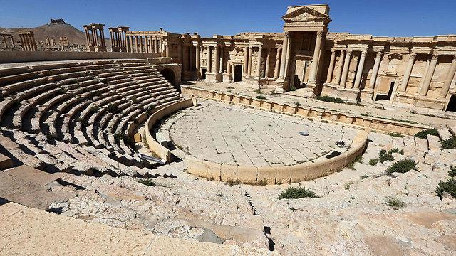 העיר הארכיאולוגית שוב עוברת צד. תדמור (צילום: AFP) (צילום: AFP)