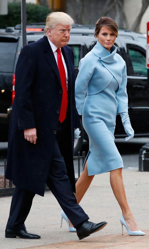 לחצו על התמונה לכל השמלות שהחליפו השתיים (צילום: AP)