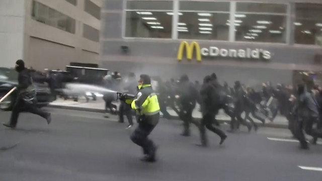 Protestors in DC (Photo: Reuters)