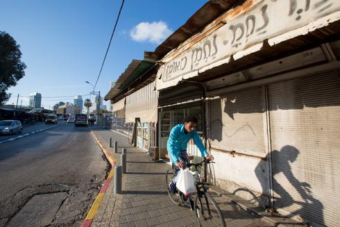 התחנה המרכזית הישנה, בשבוע שעבר. מתחם בן 78 דונם שאמור לעבור טלטלה (צילום: דור נבו)