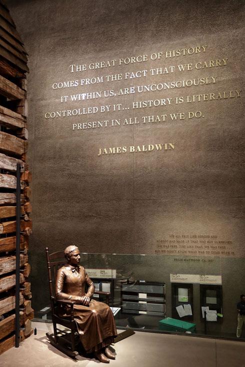 ברק אובמה חנך את המוזיאון, חודשים ספורים לפני פרישתו מכהונת נשיא ארה''ב (צילום: Gettyimages)