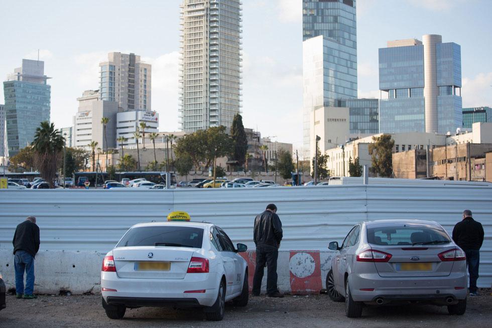 הפרויקט של ''בת שבע'', מאחורי הגדרות, אמור לשנות מן היסוד את המקום: מחצר אחורית מטונפת למוקד תוסס וחשוב בתל אביב (צילום: דור נבו)