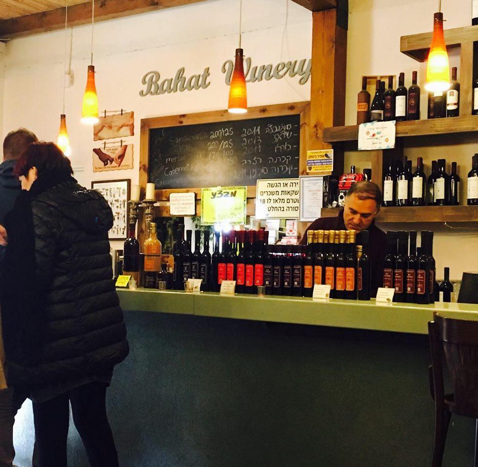מגוון יינות, ליקרים ואווירה חמימה: יקב בהט