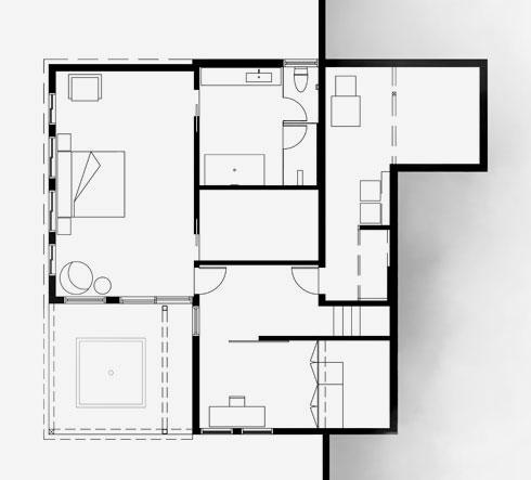 תוכנית הקומה התחתונה, שחלקה האחורי חצוב בהר (תוכניות: אקסלרוד אדריכלים)