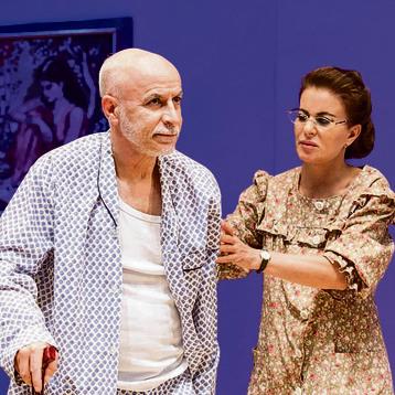 """רובי פורת־שובל ויעקב כהן בהצגה שכתב אמנון לוי, """"הצמה של אבא"""""""