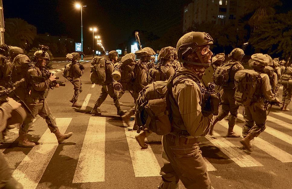 """חטיבת הקומנדו """"כובשת"""" את תל־אביב. """"מתאמנים בלחימה על יעדים שלא התמודדנו איתם בעבר"""""""