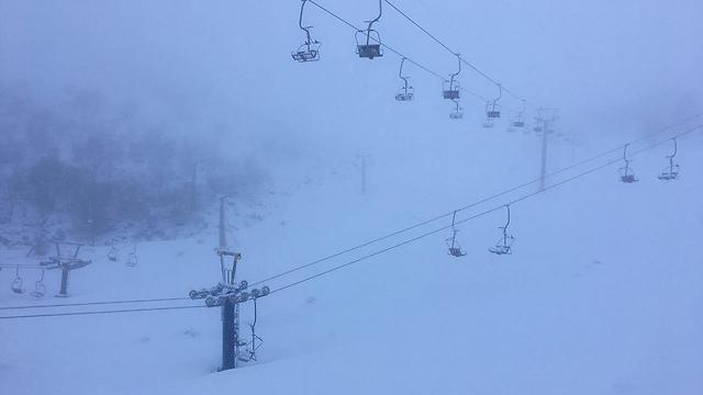 מיום ראשון - שלג בחרמון (צילום: אתר החרמון) (צילום: אתר החרמון)