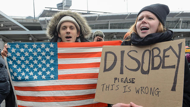 A protest against Trump's Muslim ban at JFK Airport in New York (Photo: AFP)