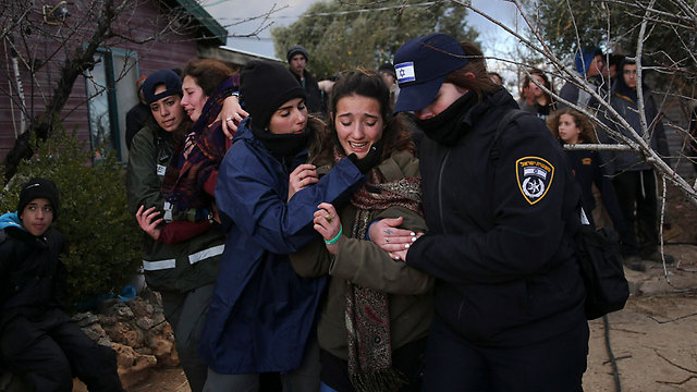 About half of the police forces did not like what they were forced to do on Wednesday. But each and every one of them knew that without a rule of law in Israel – we would have no state (Photo: AP)