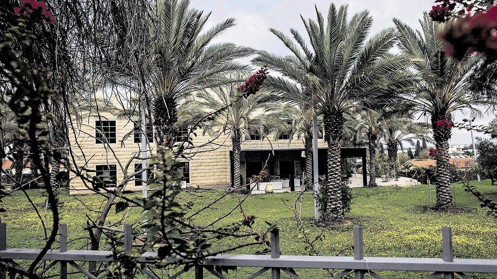 מדובר בבית הגדול והמפואר ביותר בשדרות ואחד המרשימים בדרום כולו (צילום: צפריר אביוב)