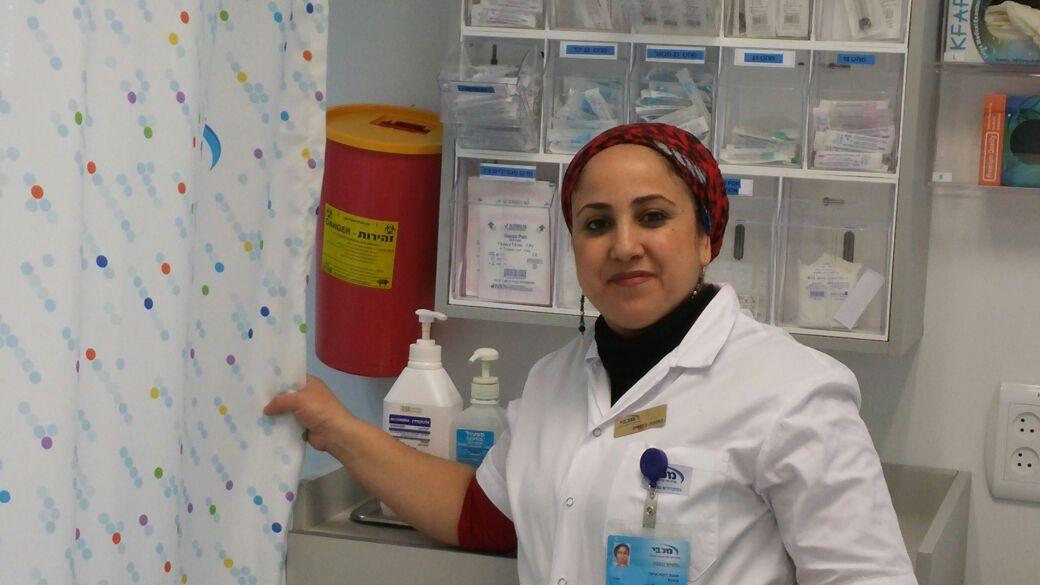 האחות כוכבה (צילום באדיבות מכבי שירותי בריאות)