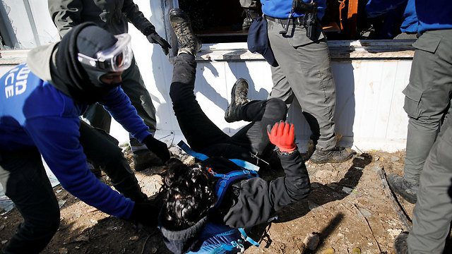 Violence at Amona (Photo: Reuters)