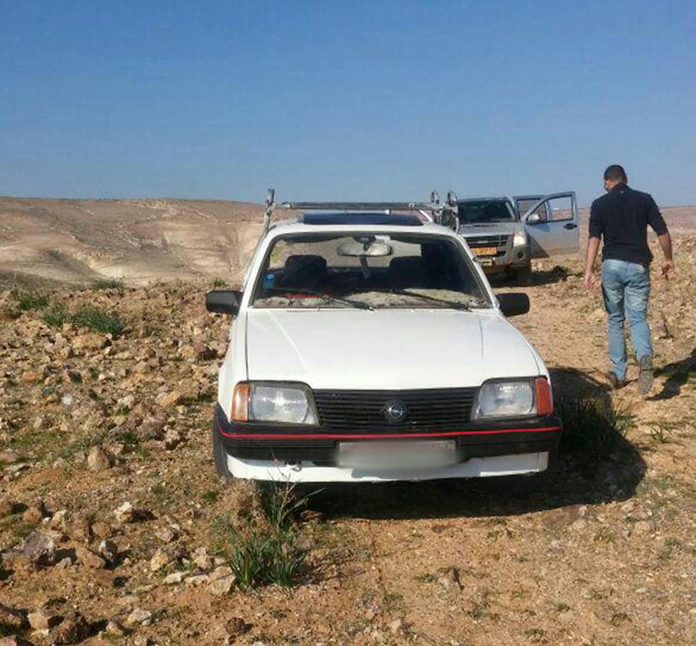 """רכבו של החשוד באתר העתיקות (צילום: """"שומרים על הנצח"""") (צילום:"""