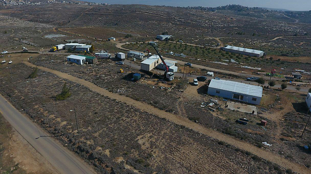 Amona being evacuated (Photo: Amona Headquarters)