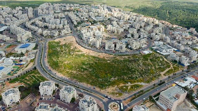 (צילום: ישראל ברדוגו)